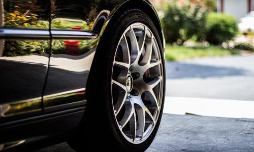 Reifenwechsel & Reifenhotel